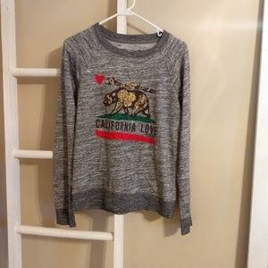 Tops - Comfy Sweatshirt